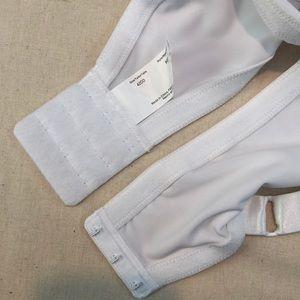 Olga Intimates & Sleepwear - NWT Olga Cushioned Underwire White Satiny Bra 42DD